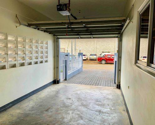 Vakantiehuis-Suriname-Agila-Garage