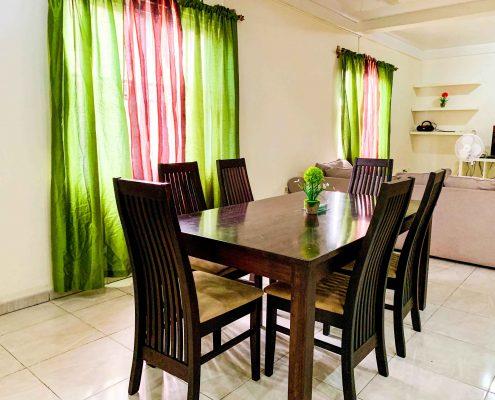 Vakantiehuis-Suriname-Agila-eetset