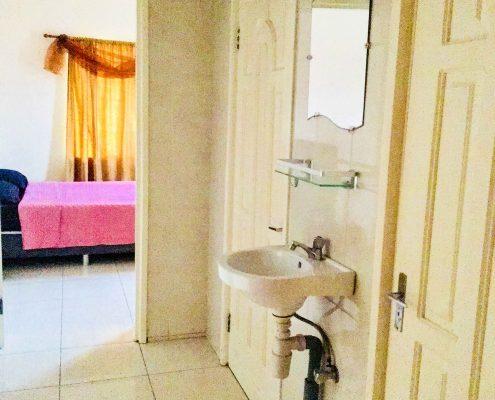 Vakantiehuis-Suriname-Juarez-Gang-Wasbak