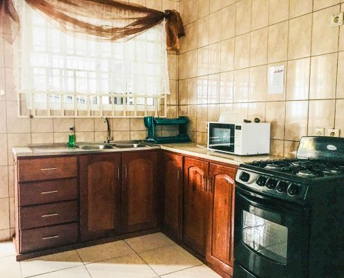 Vakantiehuis-Suriname-Juarez-Keuken