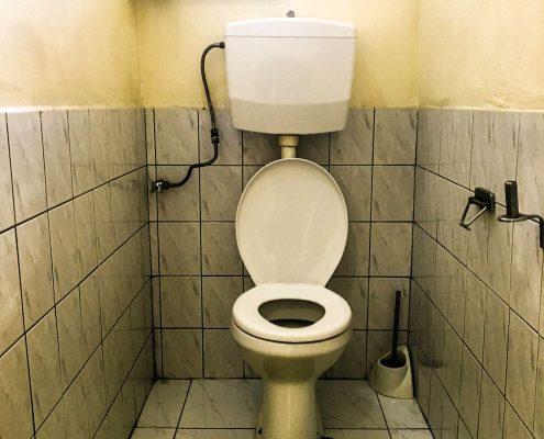 Vakantiehuis-Suriname-Okamalaan-Toilet